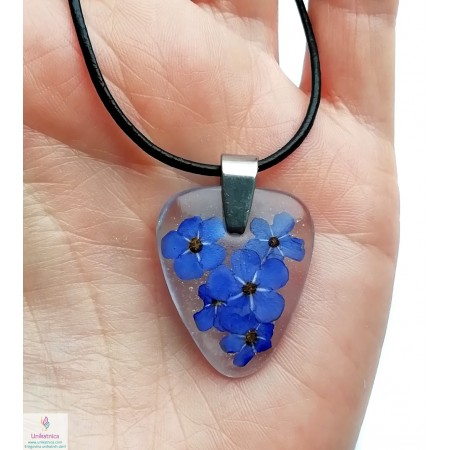 /2064-9116-thickbox/eco-resin-forget-me-not-necklace-for-men-triangle.jpg